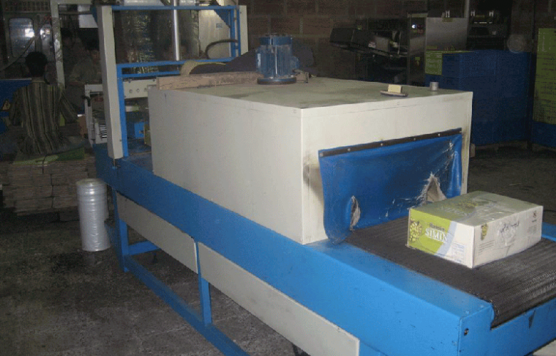 Packing and Shrink-Wrapped Machine