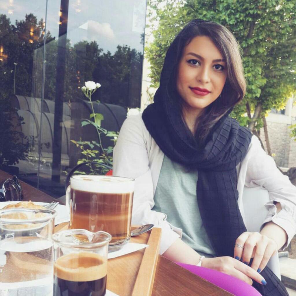 Setareh Elyasi-Sales Expert