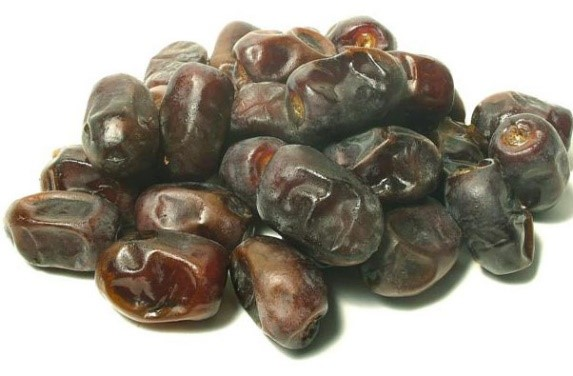 which dried fruits are popular in india ?
